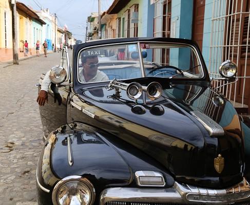 Kuba-Trinidad-schwarzer-Oldtimer