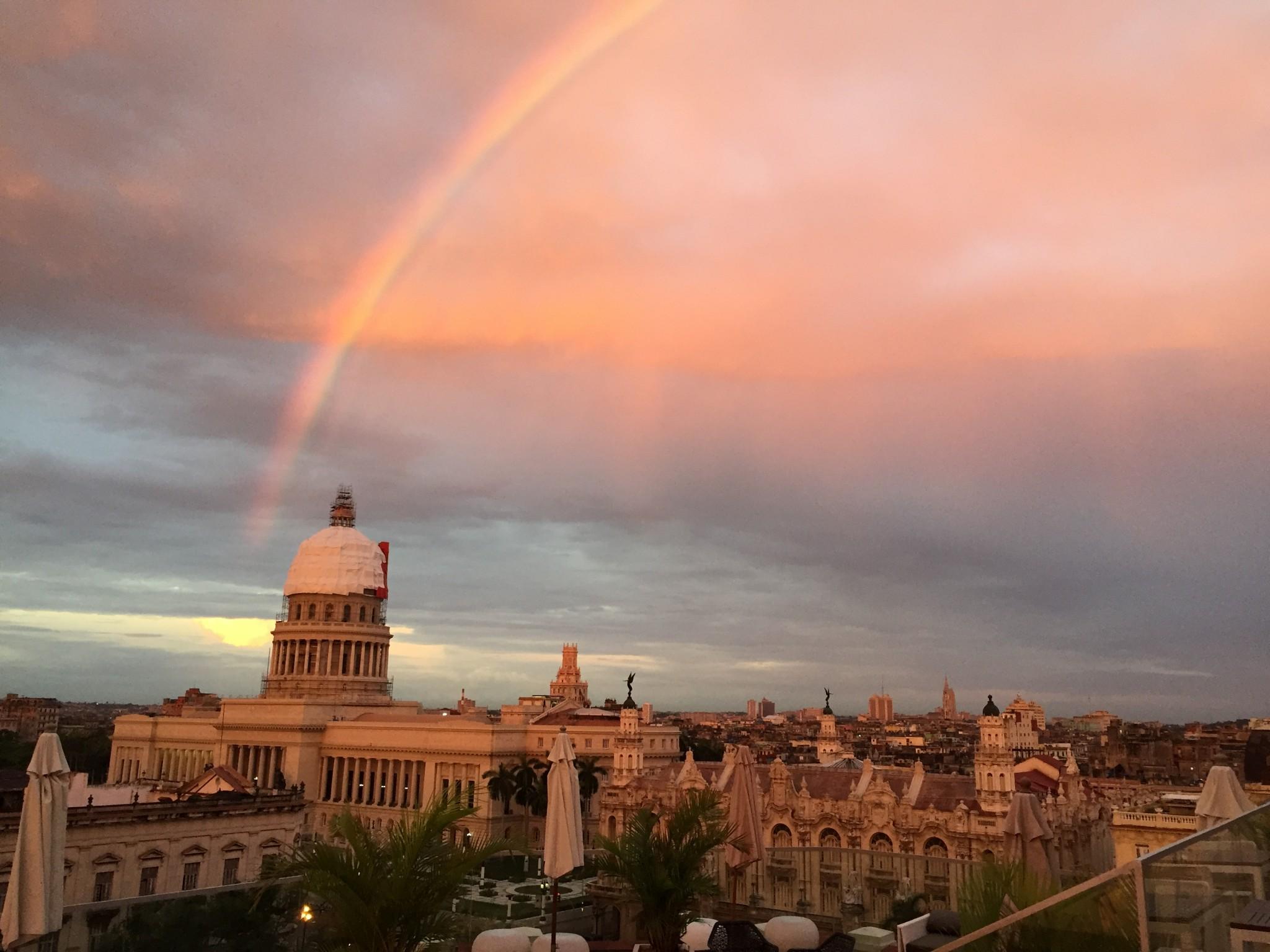 Kuba-Havanna-Regenbogen über dem Kapitol