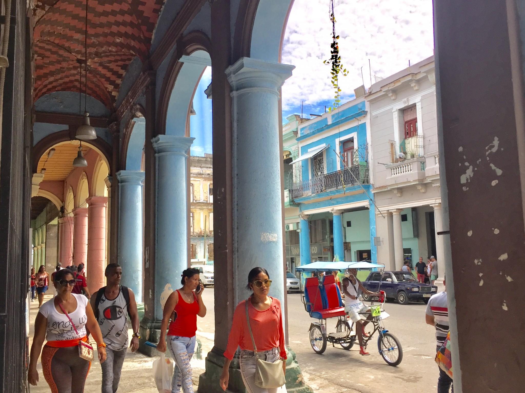 Kuba-Havanna-Centro-Arkaden-IMG-7996--bk